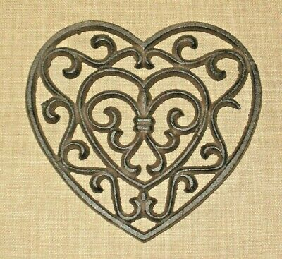 NEW~CAST IRON Ornate Heart Functional Trivet - Wall Decor Hanging Victorian