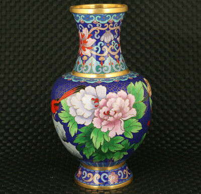 Chinese rare old cloisonne Handcarved chrysanthemum statue noble vase decoration