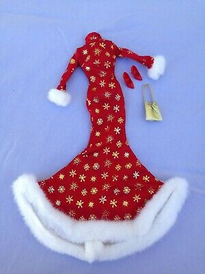 Barbie Doll Fashion Avenue 1999 Target Holiday Collection 21374 Red Dress