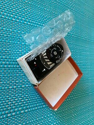 Mint Leica meter MR with Box