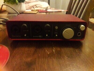 Focusrite Scarlett 2i2 Audio Interface (1st Gen) with USB and CD