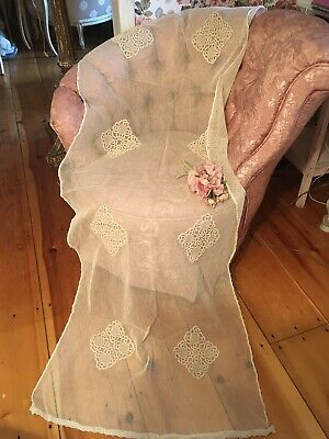 Very Nice Antique Lace Cotton Netting Table Runner #B11