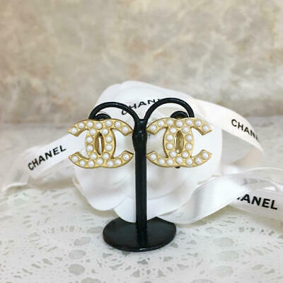 CHANEL EARRINGS Gold Pearl CC Logo 01A 0.78 x 0.59 inch France Authentic