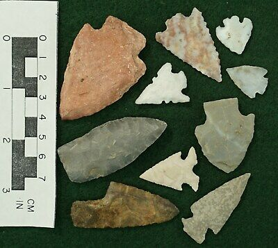 Arrowheads * Cemtral States Region * In my opinion these are rechips *