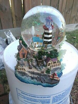 Turn Over The Waves Music Crystal Ball Light House