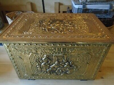 Vintage Brass Embossed Fireside Storage Wood Log Coal Box Very Good Condition