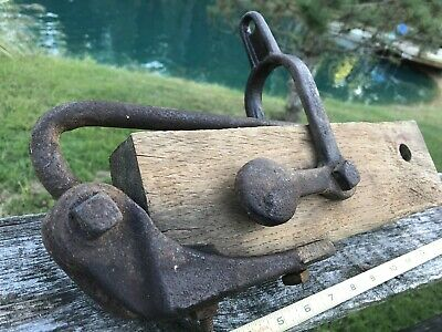Antique Primitive Cast Iron Farm Barn Latch Trip Tool