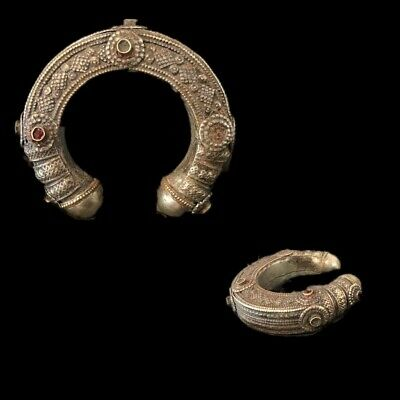 Rare Ancient Silver Decorative Gandhara Bedouin Torc With Stones 300 B.C.