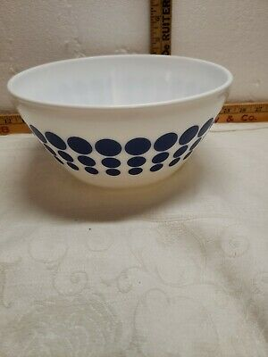 """Pyrex Vintage Charm Navy Opal Glass """"Spot On"""" 10C Mixing Bowl Replacement New"""