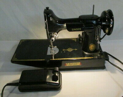 Singer Featherweight Sewing Machine Working With Case And Extras Singer 221