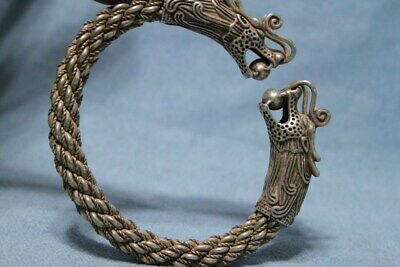 China Collectable Miao Silver Carving Twin Dragons Bite Beads Exquisite Bracelet