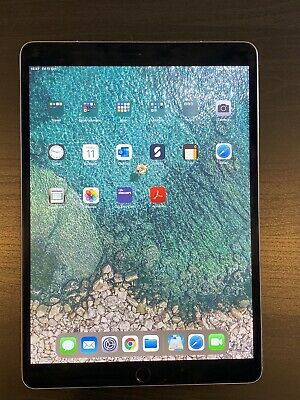 Apple iPad Pro 2nd Gen. 64GB, Wi-Fi, 10.5in - Space Grey