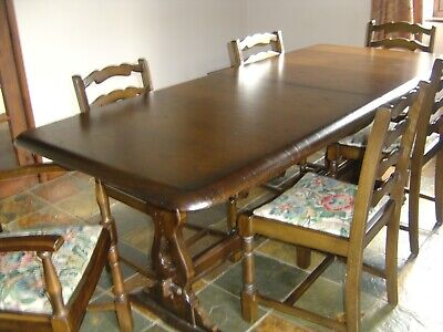 Old Charm Dark Oak Dining Table (extendable) Good General Condition
