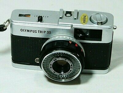 Vintage OLYMPUS TRIP 35 Compact 35mm Camera Thames Hospice B 128 A