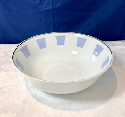 Bernardaud Limoges Galerie Royale Bleu Wallis Saladier / Salad bowl NEW IN BOX