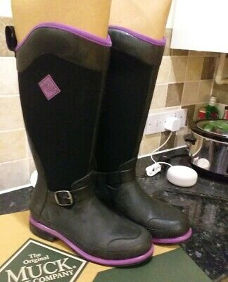 New in Box RMU 900 Reign Supreme Muck Boots Women 10