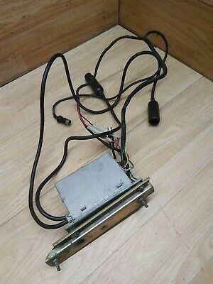 Honda GoldWing GL1100 Stereo Radio receiver and Mounting Bracket RH934V.