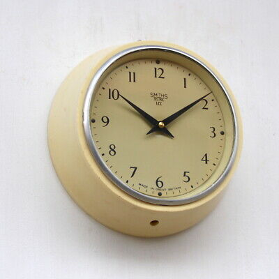 ENGLISH SMITHS 1960s Bakelite Vintage Retro Industrial Factory Wall Clock