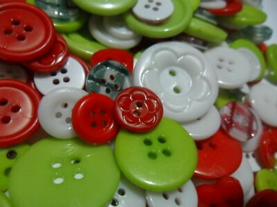 Christmas Mix Buttons 50 100 lot Bulk Assort Shapes Sizes Red Green White 8~25mm