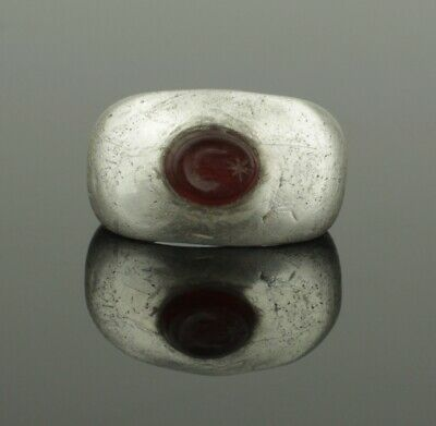 "ANCIENT ROMAN SILVER INTAGLIO RING ""MOON & STAR"" - 2nd Century AD"