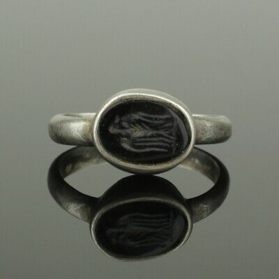 "ANCIENT ROMAN SILVER INTAGLIO RING ""EAGLE"" - 2nd Century AD"