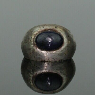 ANCIENT ROMAN SILVER RING WITH SAPPHIRE - 2nd Century AD