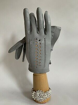 Vintage 1960s Light Grey Soft Leather Perforated & Stitched Back Gloves Size 6.5