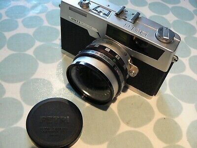 PETRI 7S 35mm VINTAGE CAMERA with CASE, STRAP & MANUAL - FINE COSMETIC CONDITION