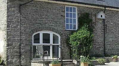 Holiday cottage for 2, Aberaeron West Wales, 3 nights Nov 22, dogs welcome