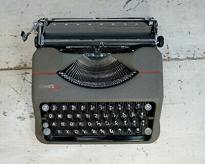 Working Hermes Baby Typewriter with case, Gull Wing Ribbon Covers