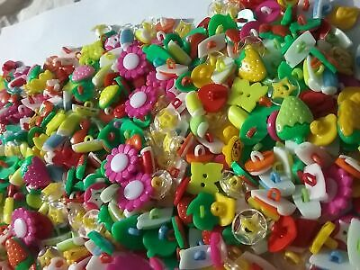100 & 50 bulk mixed plastic Buttons Lot scrapbook embellishment craft  sewing