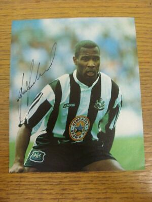 1997-2003 Autograph(s): Newcastle United - Les Ferdinand [Hand Signed Colour Mag