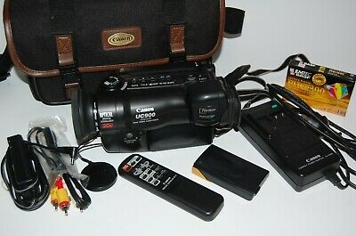 Vintage Canon UC900 8mm Video Camera Camcorder with Case & Accessories