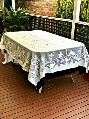 Beautiful Vintage Snow White Organza Tablecloth Leaves & Flowers Pattern C 1960