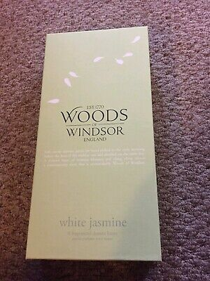 Woods of Windsor white jasmine fragrances drawer liners