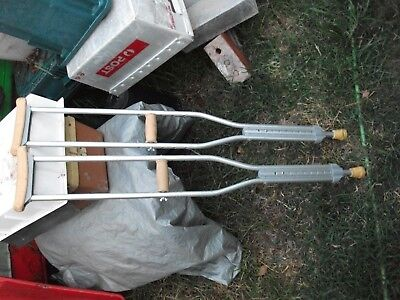 """Crutches suit 5'10""""to 5'2"""" good usable condition"""