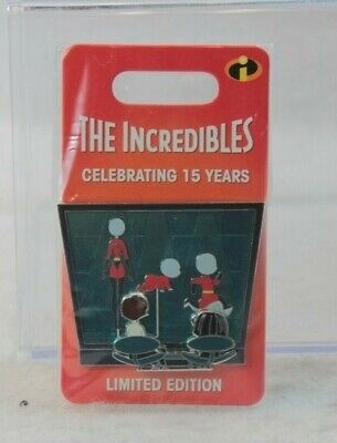 Disney Parks LE 3000 Pin 15th Anniversary Pixar The Incredibles Edna Mode Helen