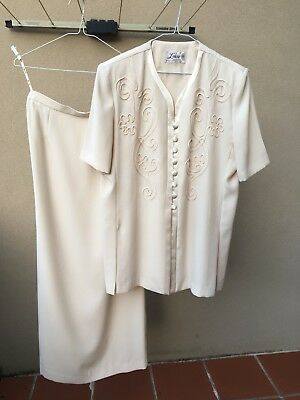 LAURA K - Mother of the Bride Jacket & Skirt - Cream Size 14
