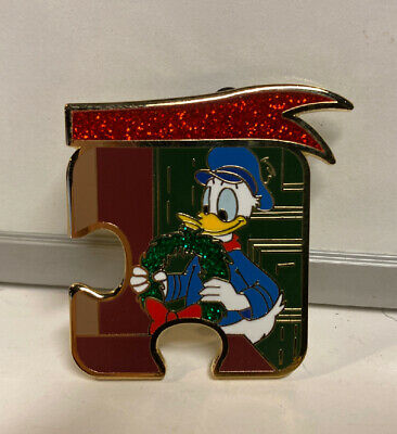 2019 Disney Parks Mickey's Christmas Carol Donald Duck Limited Edition Pin #900