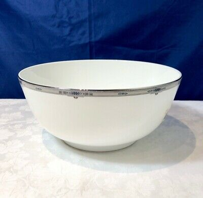 Wedgwood Bone China Amherst Salad Bowl / Insalatiera / Saladier 25 cm  NEW