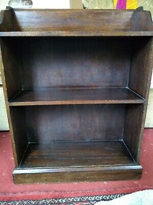 Antique vintage pretty compact solid oak bookcase 3 shelves 1900 to 1930