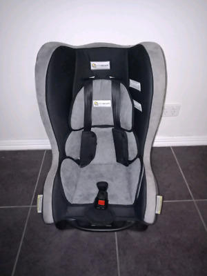****Near New**** Infa- Secure Baby Car Seat