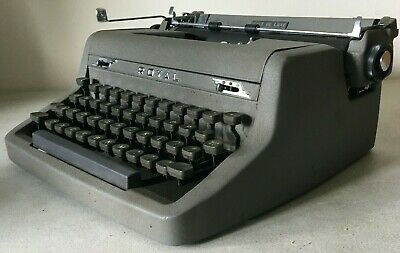 Royal Quiet Deluxe Vintage Manual Typewriter Portable Gray With Tan Case