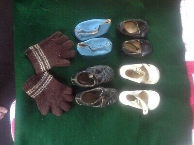 Vintage Childrens Shoes and Woollen Gloves maybe good for dolls or bears