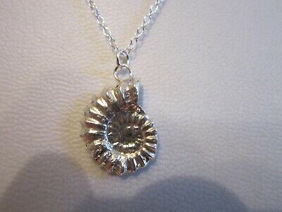 .925 Sterling Silver Ammonite Sea Shell Pendant Necklace /& Snake Chain P080