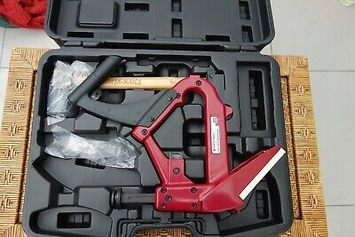 New Porta Nailer Model 402 with Carrying Case & Hammer Secret Flooring Nail Gun