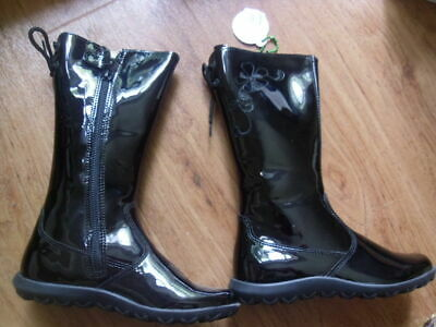 BNWT Girls Naturino Black  Infant Size 9  Patent Leather Boots Embroidered laces