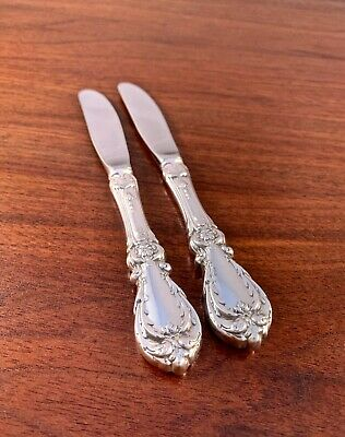(2) Reed & Barton Sterling Silver Butter Knives / Spreaders: 1949 Burgundy 6 3/8