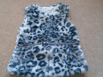 M&S Kids 7-8 Year Girls Lined Plush Gilet With Sparkly Belt. Excellent Condition