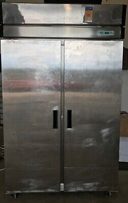 Upright Stainless Steel Full Solid Door Freezer - model 2URS-FR-2SD 960 Litre